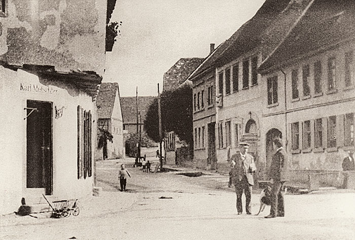 """Alt Hendesse"" (""Old Handschuhsheim"" inn) around 1900"