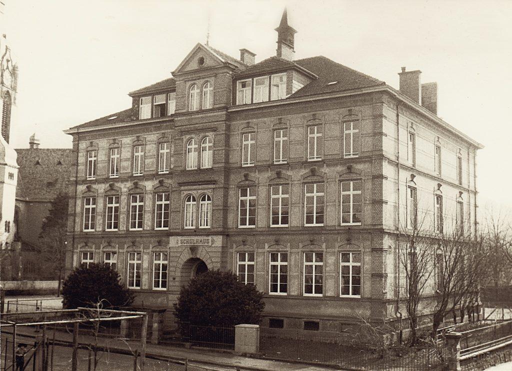 Tiefburgschule